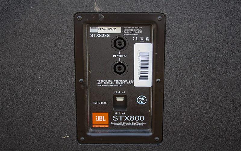 Kết nối loa sub JBL STX828S