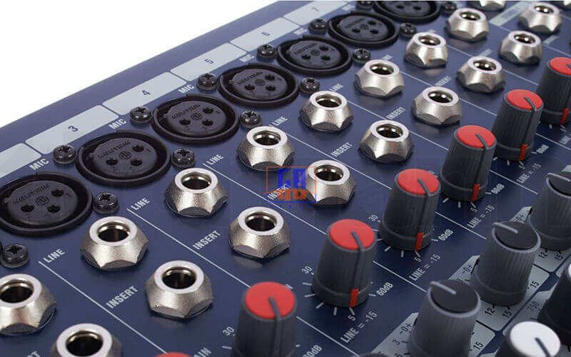 input và insert bàn mixer