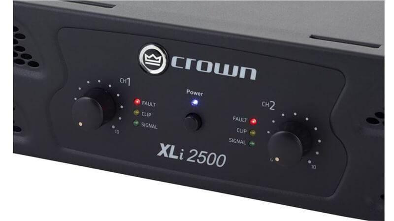 Mặt trước cục đẩy công suất Crown XLi 2500