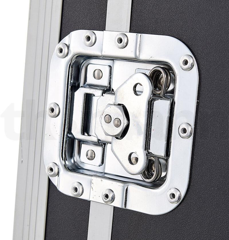 Chốt cửa của tủ Rack 16U