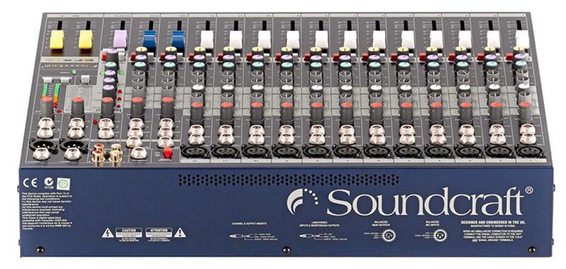 Mặt sau mixer soundcraft efx12