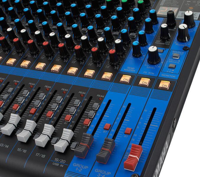 Fader tổng của Mixer Yamaha MG20XU