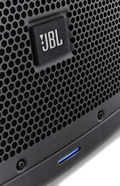 Mặt lưới của Loa JBL EON615