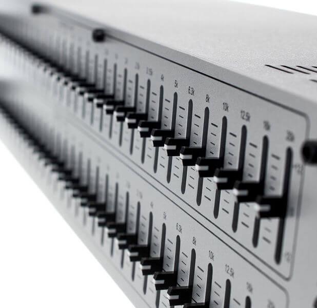 Cần điều chỉnh dải tần số của Equalizer DBX 231S