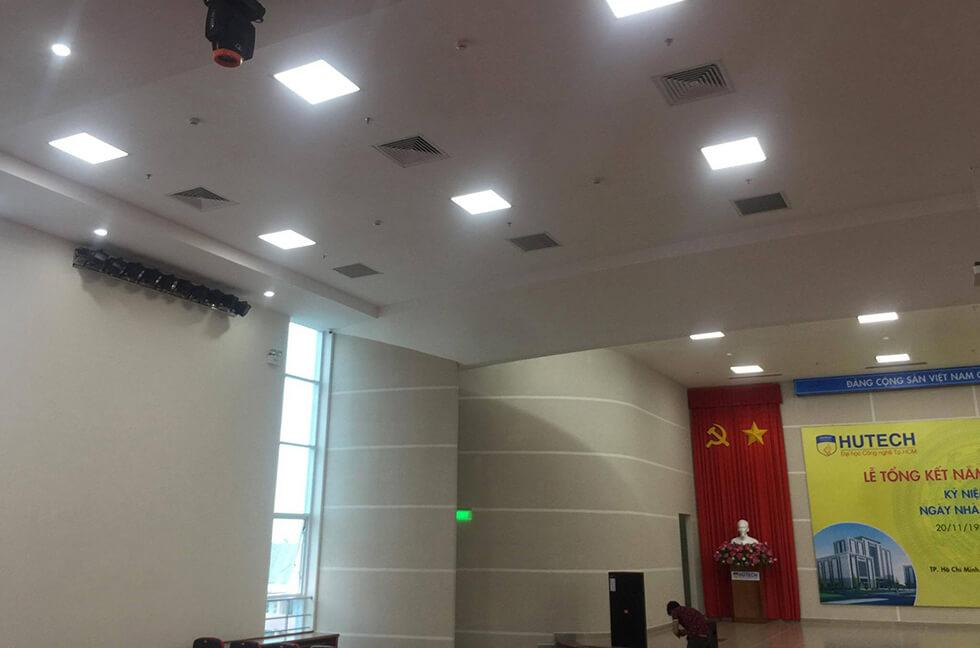 âm thanh hhọi trường tại đại học Hutech