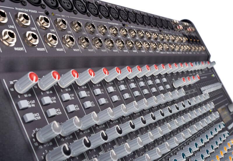 Đầu vào của Mixer Dynacord PowerMate 1600-3