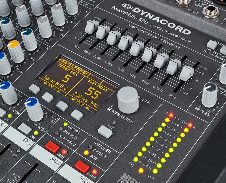 Màn hình điều khiển của Mixer Dynacord Powermate 600-3